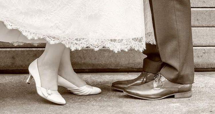brautpaar schuhe braut und bräutigam
