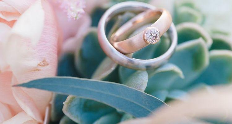 metallic farbe hochzeitsdeko ringe