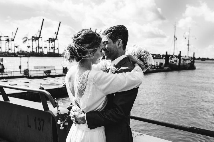 Wunderschönes Brautpaar im Hamburger Hafen