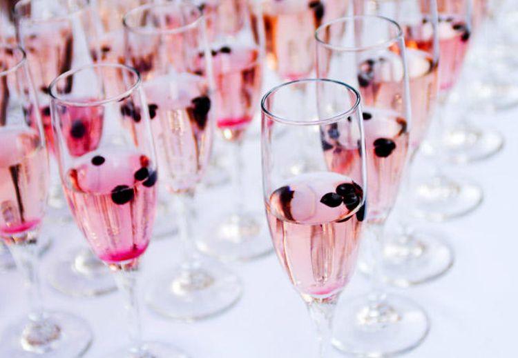 Hochzeits-Cocktails: Blushing Bride