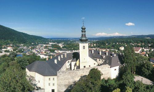 Schlossrestaurant Gloggnitz - Hochzeitslocation aus Gasteil