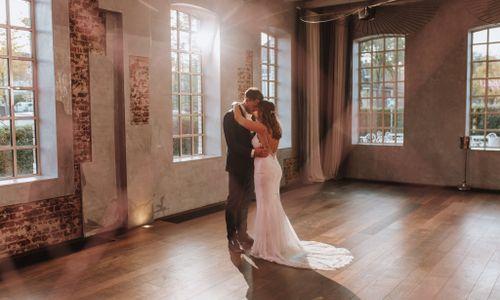 Julia Knörzer Fotografie - Hochzeitsfotograf aus Goldbach