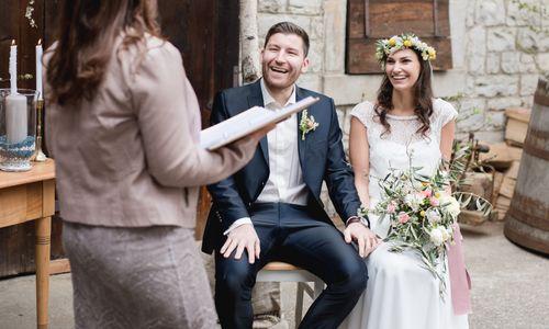 Freie Traurednerin Susanne Gamber und Team - Hochzeitsredner aus Neulingen